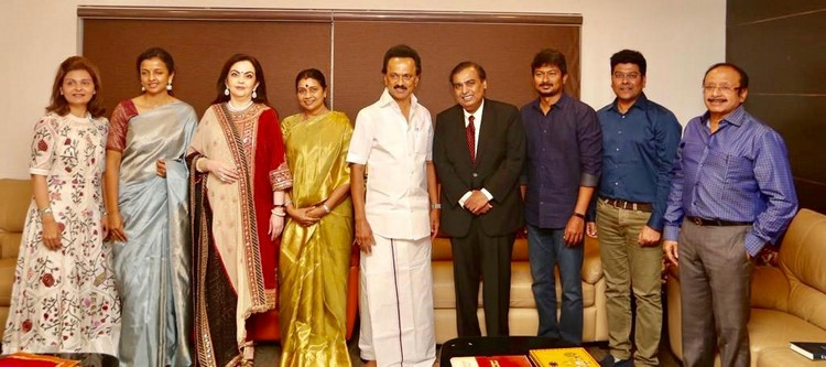 Mukesh ambani invited stalin for his son wedding- tamilnaduflashnewscom 01