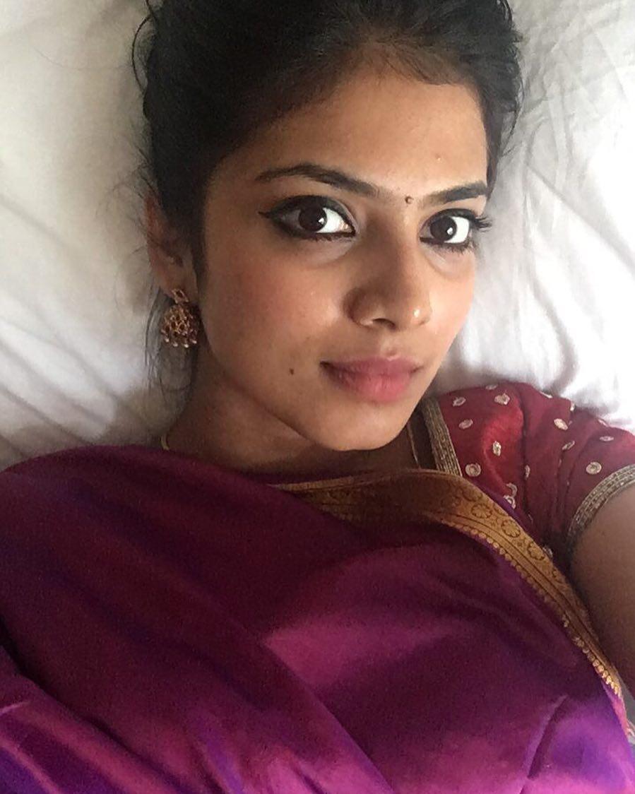 Malavika Mohanan Photos - tamilnaduflashnewscom 01